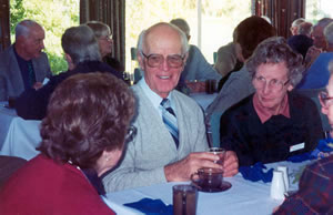 Members of the Central Districts Retirees' Club at lunch after the 2002 Annual General Meeting 2002